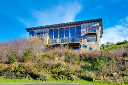 Sahhali Luxury Beach House - Neskowin Vacation Rental