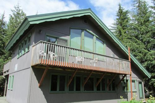Snowbird #160-A - Girdwood, AK Vacation Rental