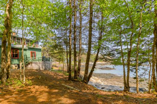 The Beach House at Wall Point - Boothbay Harbor, ME Vacation Rental
