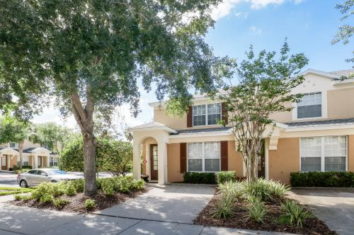 Bambi's Bungalow - Kissimmee, FL Vacation Rental
