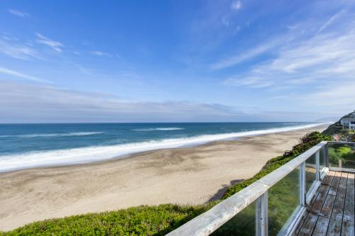 At The Seaside -  Vacation Rental - Photo 1