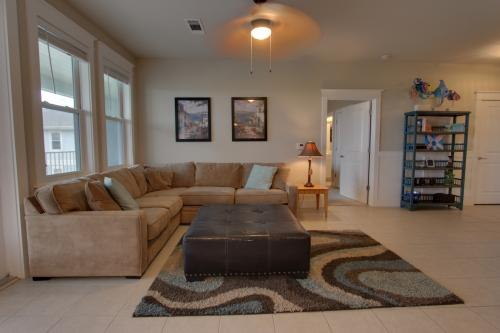 Decked Out -  Vacation Rental - Photo 1