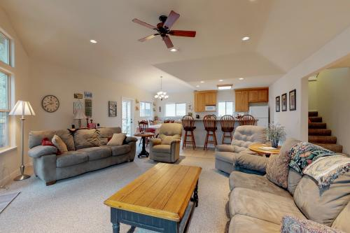 Russo Home -  Vacation Rental - Photo 1