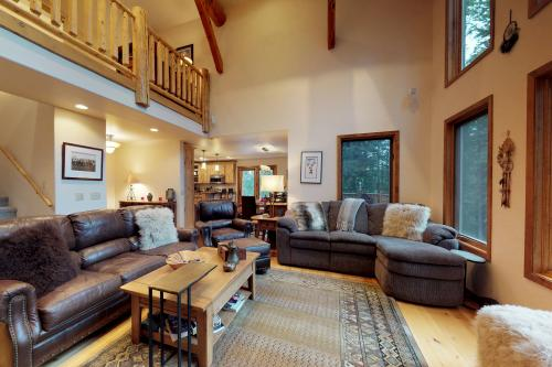 Beehive Lodge -  Vacation Rental - Photo 1
