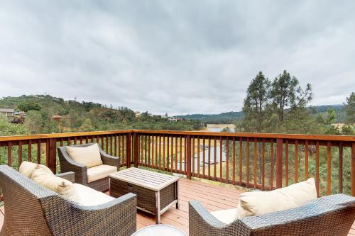 Yoshimoto Home - Bradley, CA Vacation Rental
