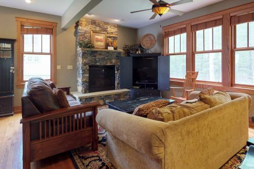 Tees 'N Skis -  Vacation Rental - Photo 1