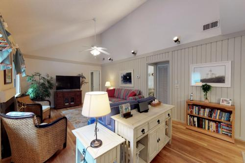 427 Oceanwoods Cottage -  Vacation Rental - Photo 1