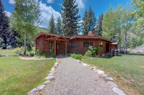 Cozy Creek Cabin - Vail, CO Vacation Rental