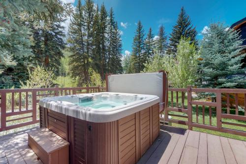Cozy Creek Cabin - Vail, CO Vacation Rental