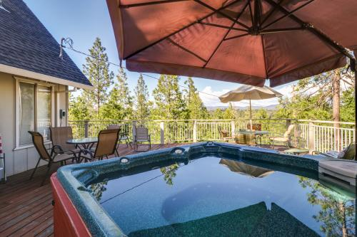 Pine Breezes  - Groveland, CA Vacation Rental