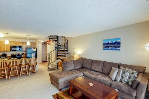 Brighton Condo #209 - Girdwood, AK Vacation Rental