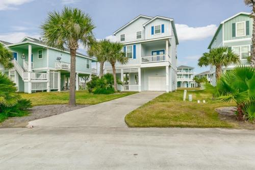 Chateau By The Sea - Galveston, TX Vacation Rental