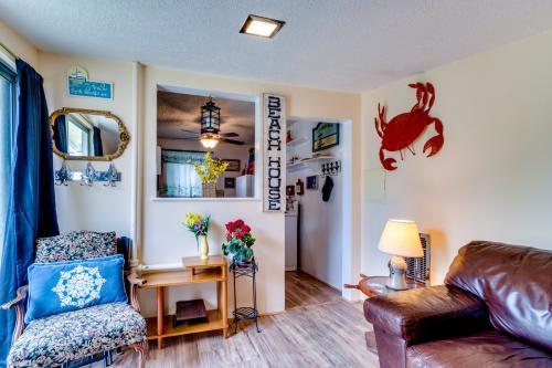 Happy Crabby Shack -  Vacation Rental - Photo 1