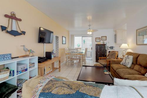 Balboa Breeze I -  Vacation Rental - Photo 1
