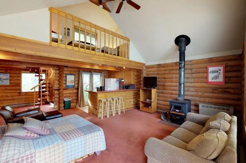 Ketchum's Cabins - Girdwood, AK Vacation Rental