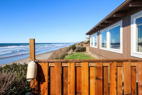 South Beach House - South Beach, OR Vacation Rental