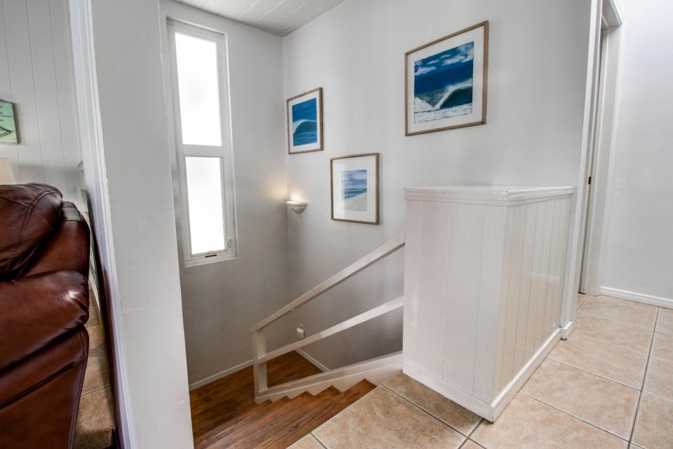 South Mission Oceanview Duplex 4 Bedroom - San Diego Vacation Rental - Photo 25