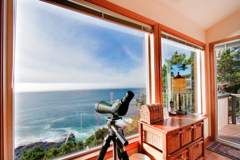 Whale Vista - Depoe Bay Vacation Rental - Photo 26