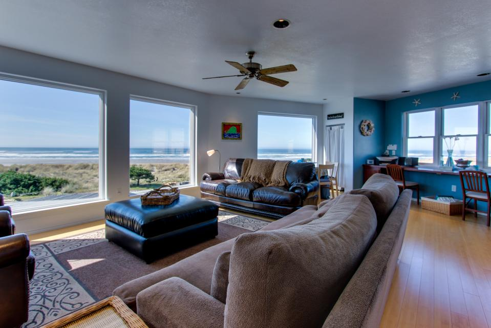 Vinovilla - Rockaway Beach Vacation Rental - Photo 26