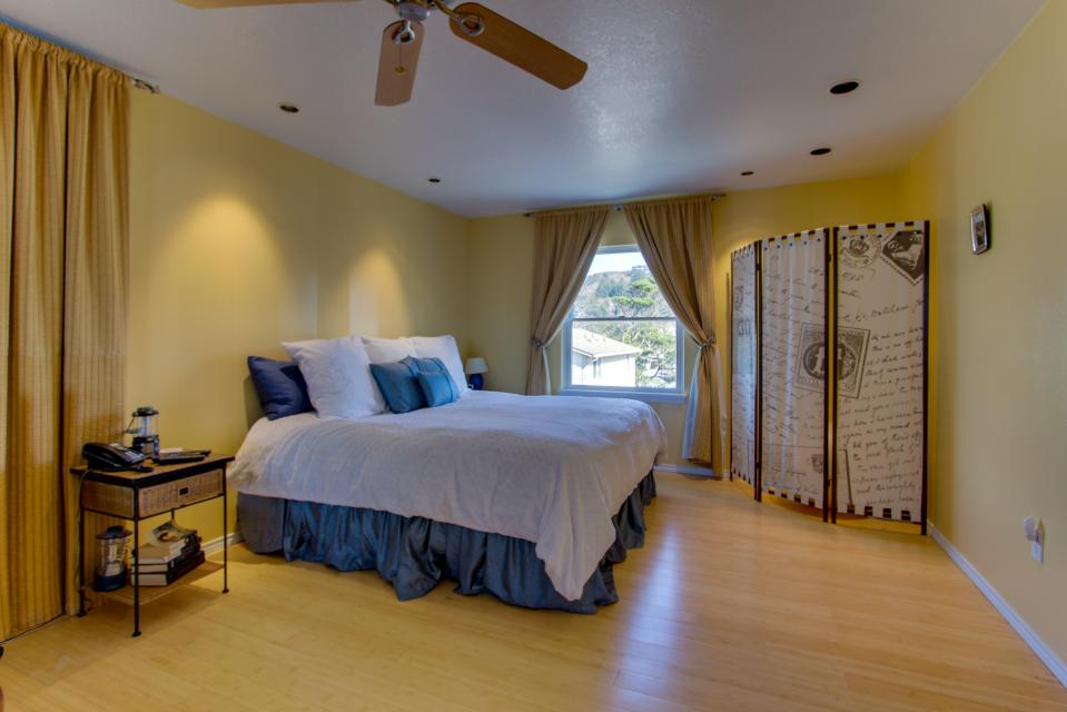 Vinovilla - Rockaway Beach Vacation Rental - Photo 54