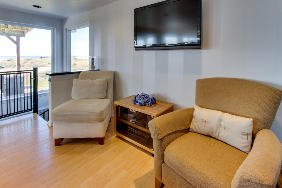 Vinovilla - Rockaway Beach Vacation Rental - Photo 30