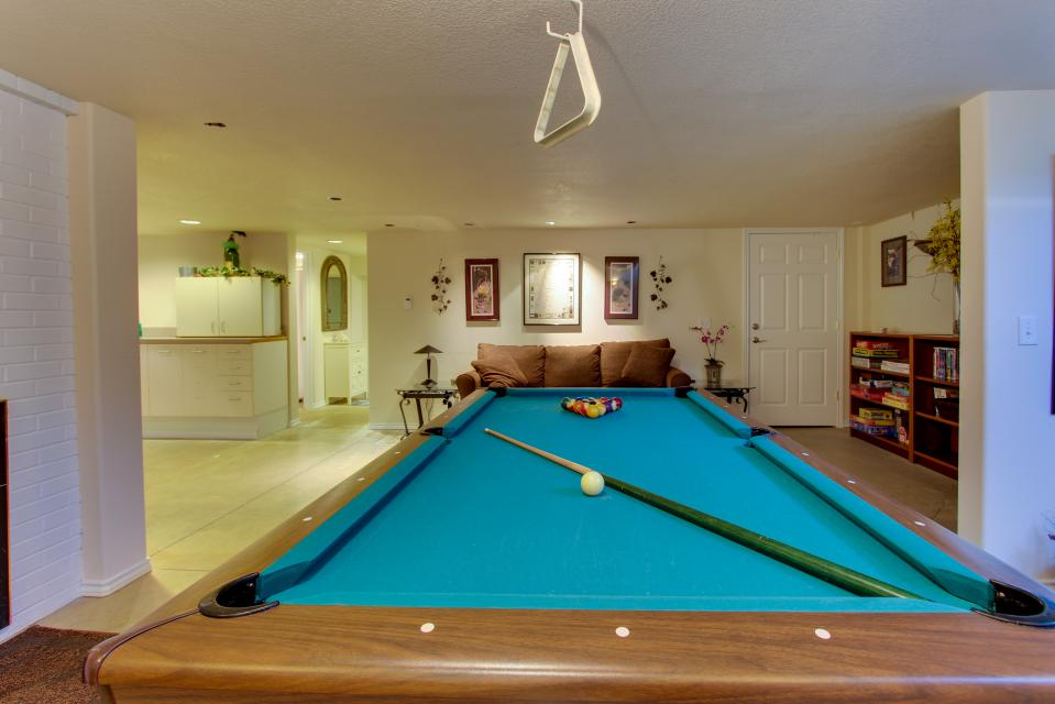 Vinovilla - Rockaway Beach Vacation Rental - Photo 41