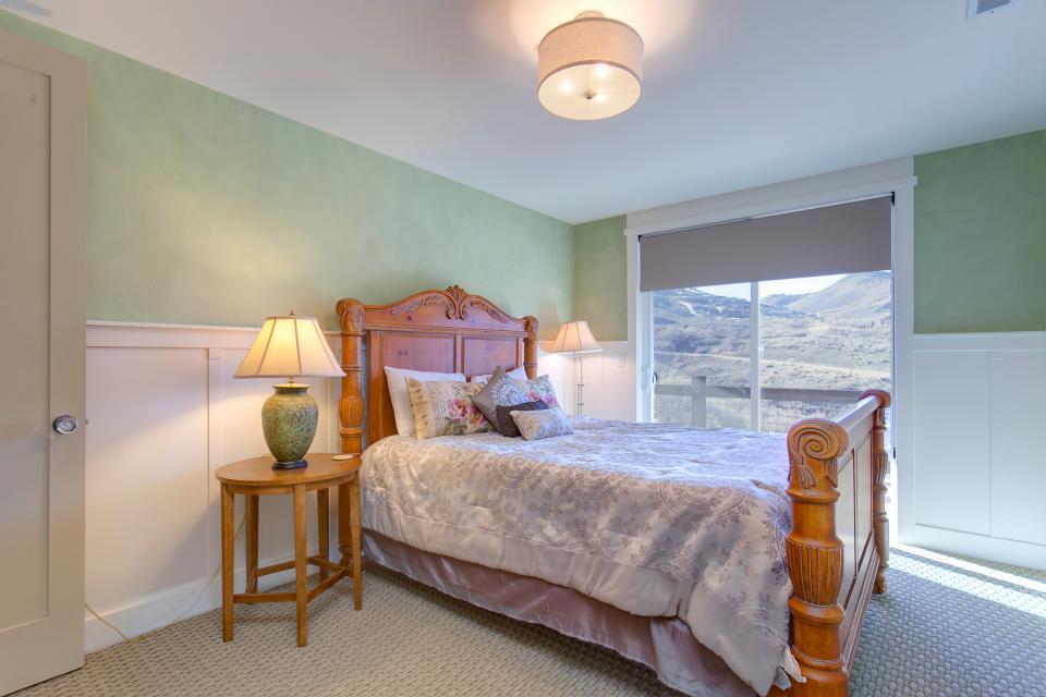 Jordanelle Lake Retreat - Park City Vacation Rental - Photo 18