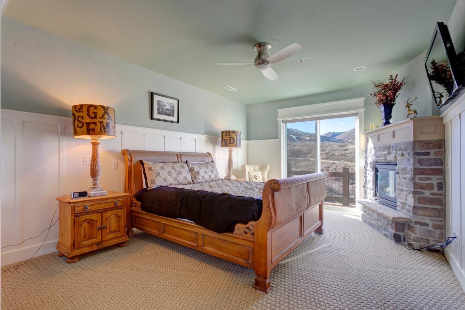Jordanelle Lake Retreat - Park City Vacation Rental - Photo 15