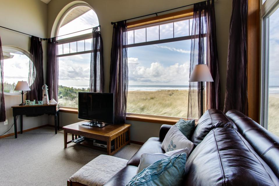 Beach Whale - Rockaway Beach Vacation Rental - Photo 38