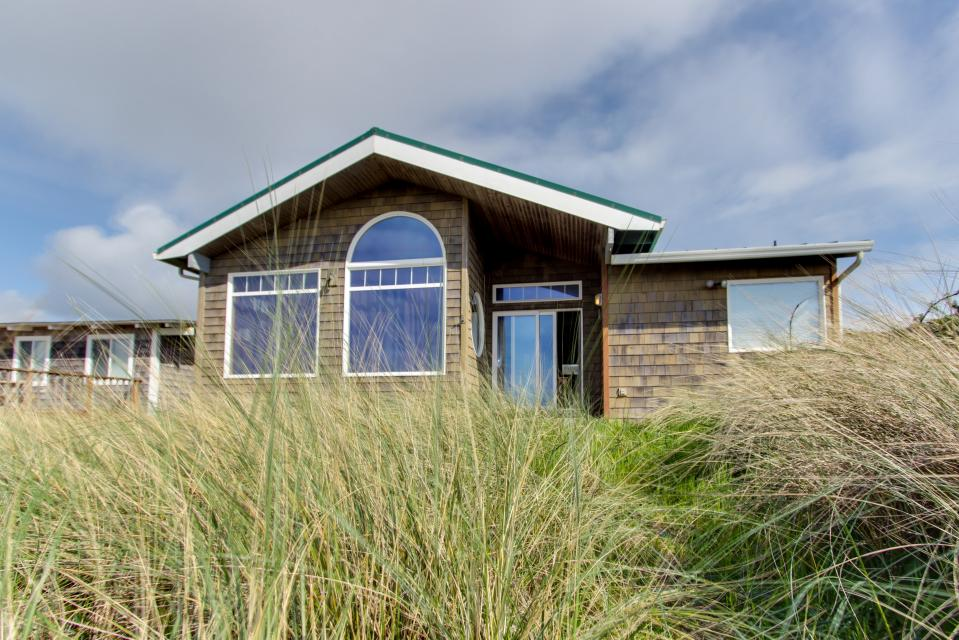 Beach Whale - Rockaway Beach Vacation Rental - Photo 55