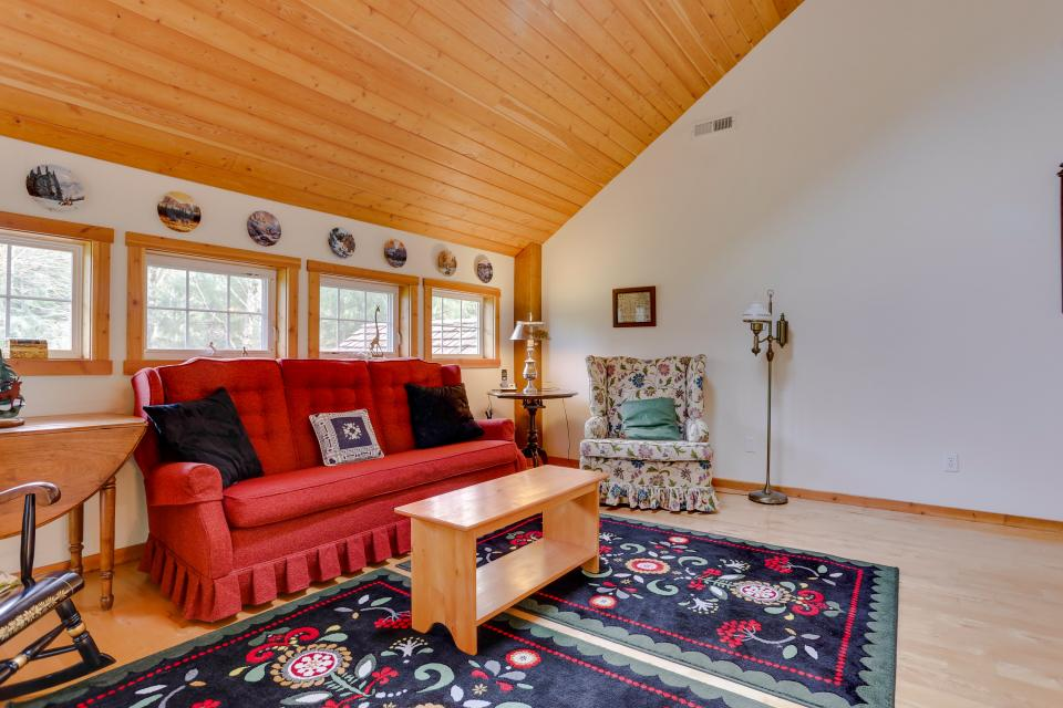 The Lodge at Welches - Welches Vacation Rental - Photo 17