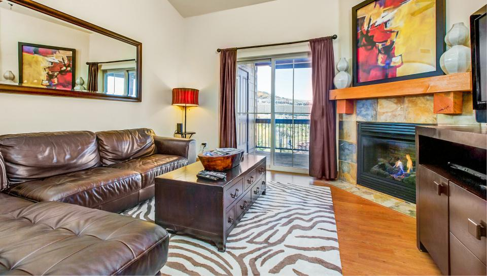 Luxury Bear Hollow Condo - Park City Vacation Rental - Photo 3