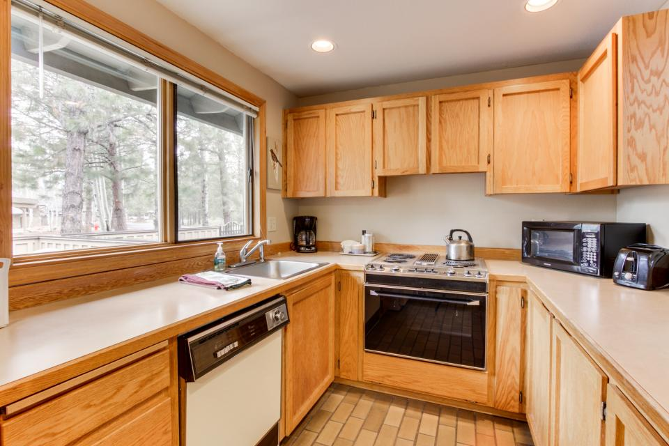 68 Quelah - Sunriver Vacation Rental - Photo 7