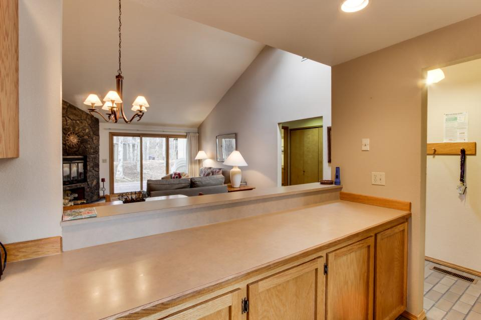 68 Quelah - Sunriver Vacation Rental - Photo 9