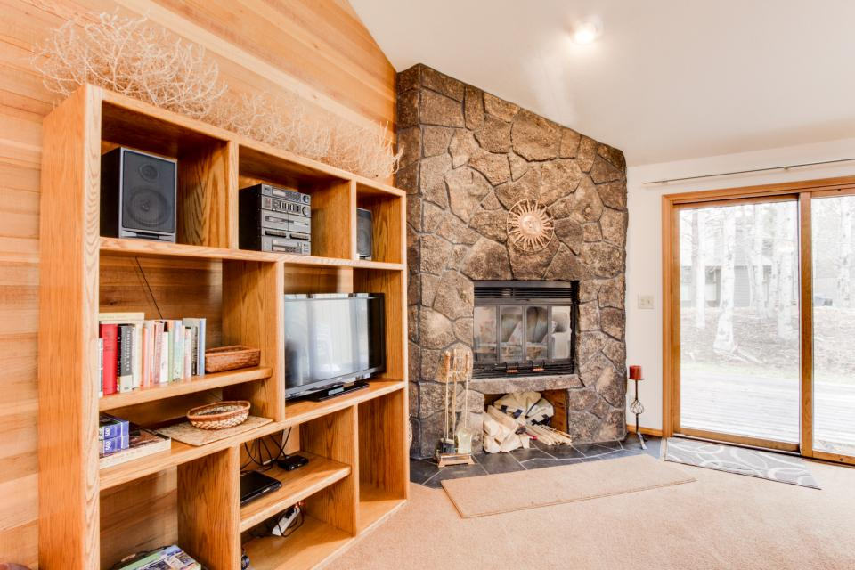 68 Quelah - Sunriver Vacation Rental - Photo 4