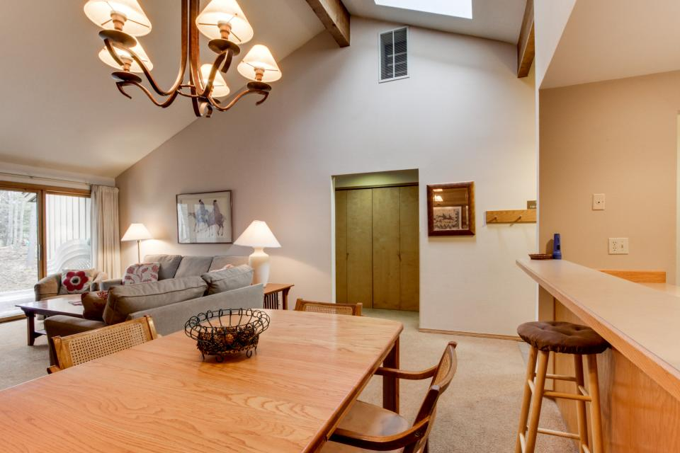 68 Quelah - Sunriver Vacation Rental - Photo 15