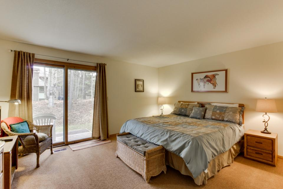 68 Quelah - Sunriver Vacation Rental - Photo 17