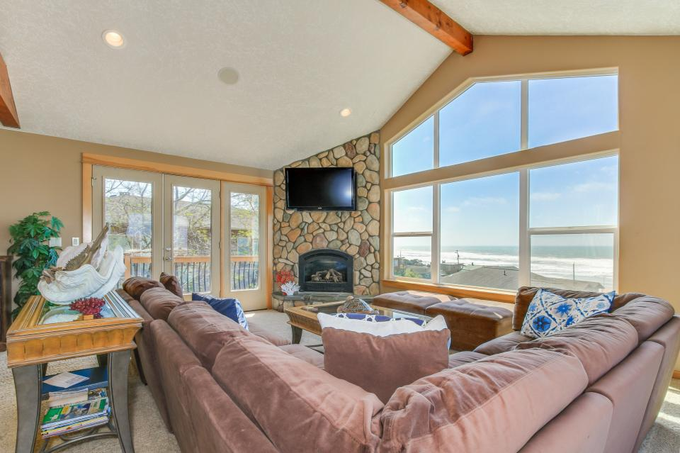 Sand Stone - Lincoln City Vacation Rental - Photo 3