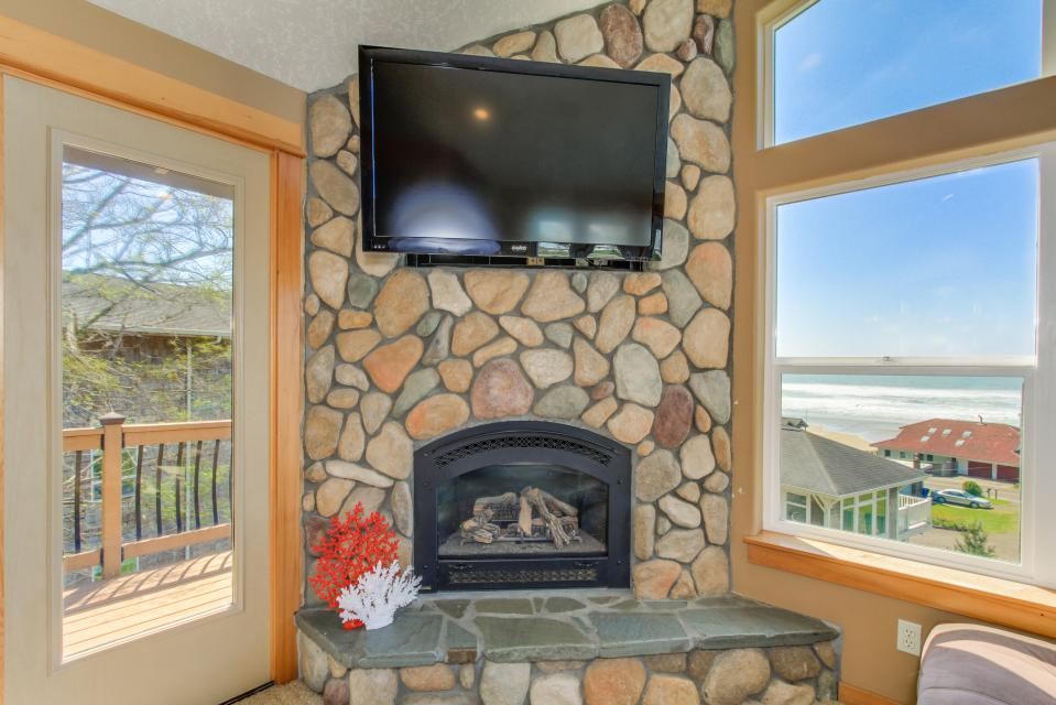 Sand Stone - Lincoln City Vacation Rental - Photo 4