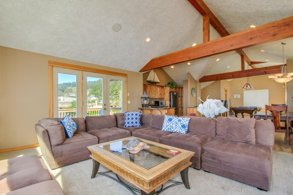 Sand Stone - Lincoln City Vacation Rental - Photo 6