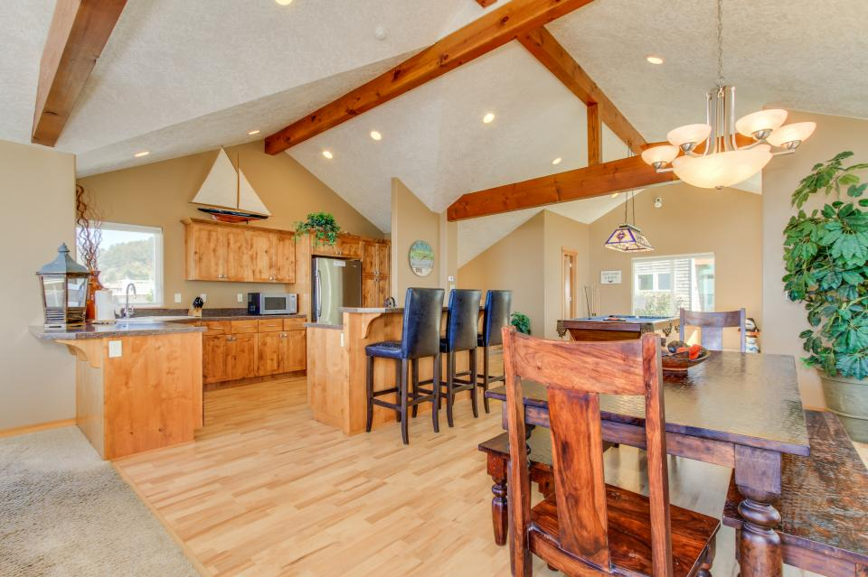 Sand Stone - Lincoln City Vacation Rental - Photo 8