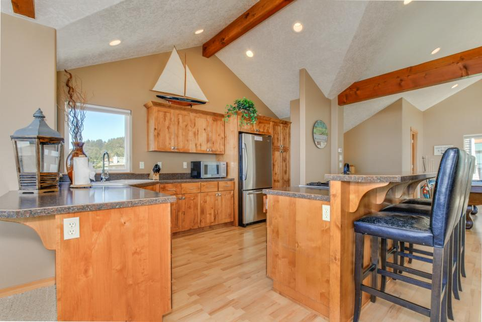 Sand Stone - Lincoln City Vacation Rental - Photo 9