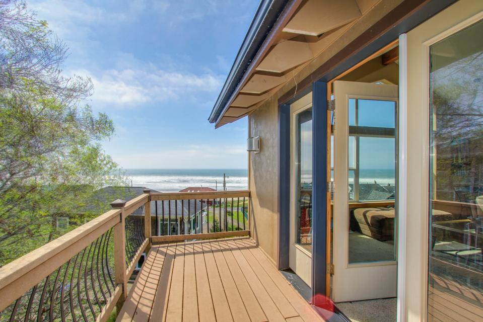 Sand Stone - Lincoln City Vacation Rental - Photo 7