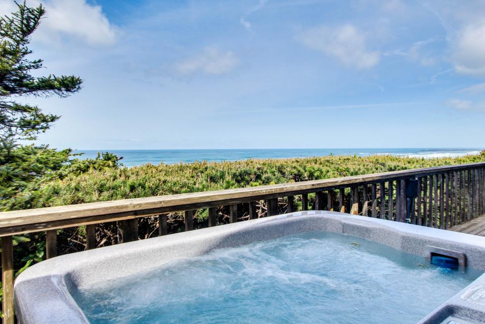 A Gathering Place - South Beach Vacation Rental - Photo 24