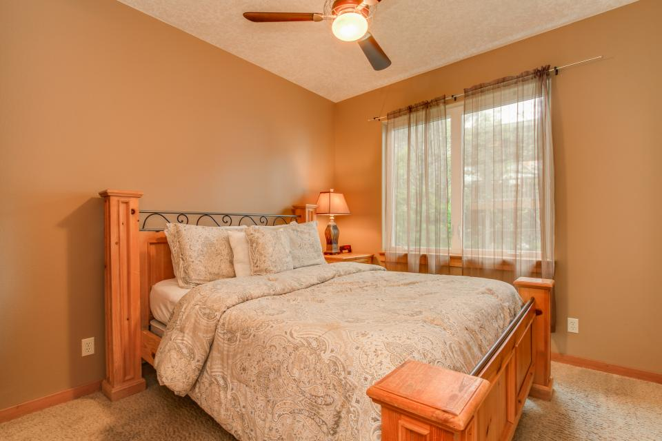 Sand Stone - Lincoln City Vacation Rental - Photo 20