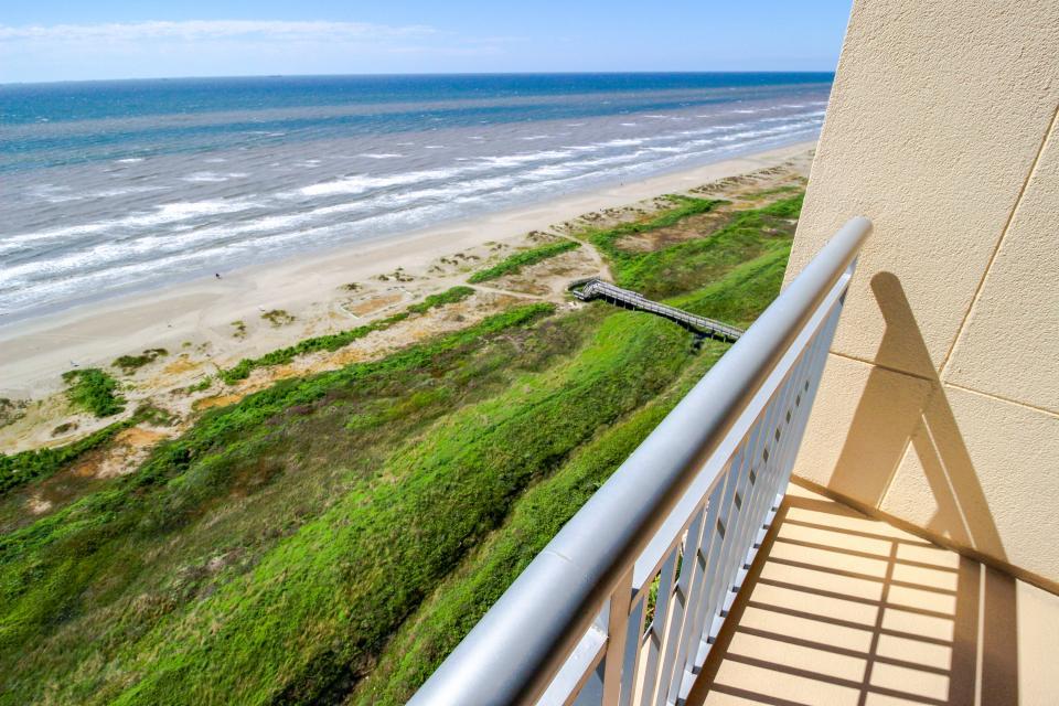 Malibu at Palisade Palms - Galveston Vacation Rental - Photo 3