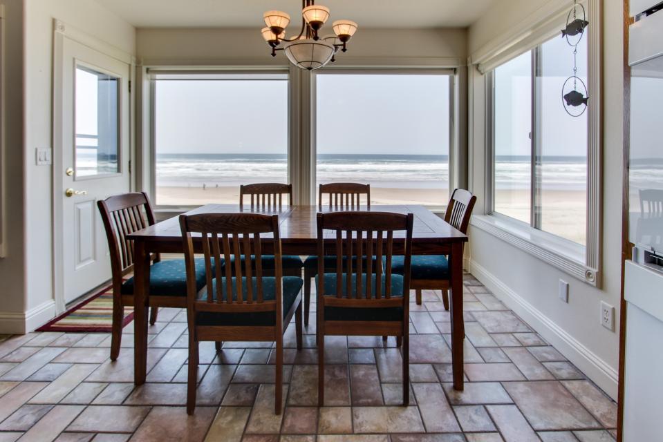 Sand Castle Villa - Rockaway Beach - Take a Virtual Tour
