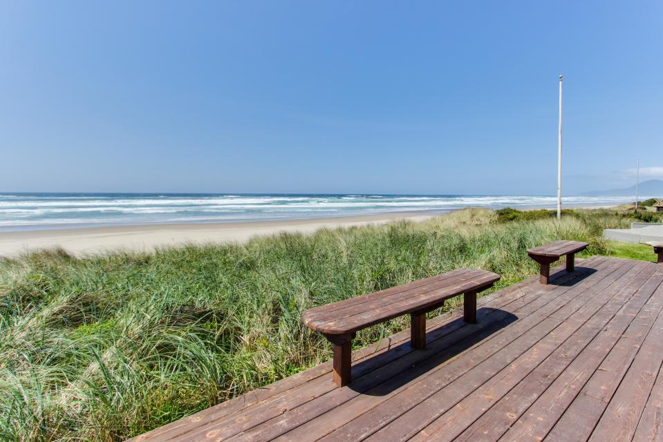 Sand Castle 1 - Rockaway Beach Vacation Rental - Photo 17
