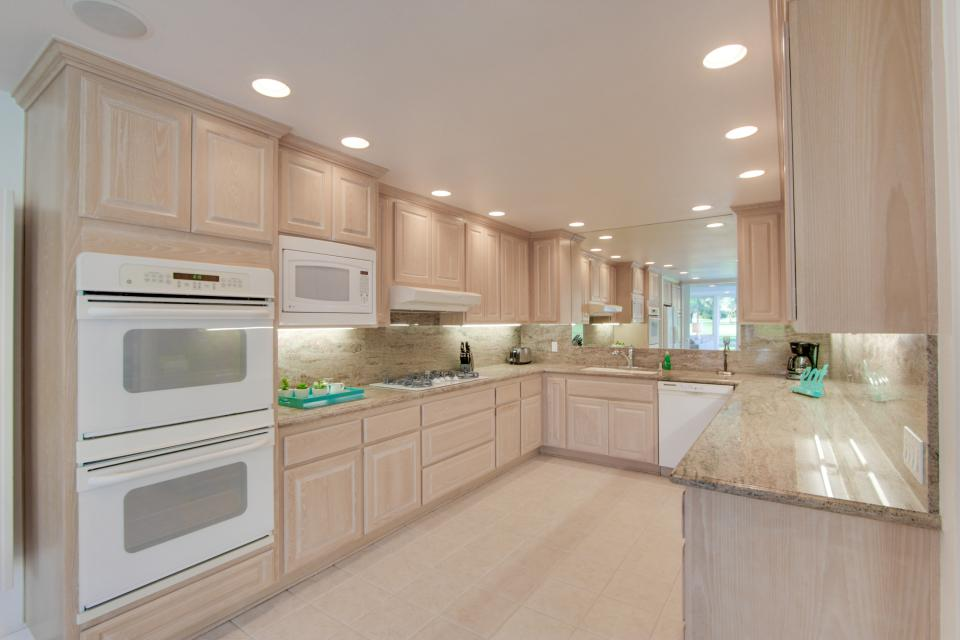 Luxurious Indian Canyons Estate - Palm Springs Vacation Rental - Photo 11