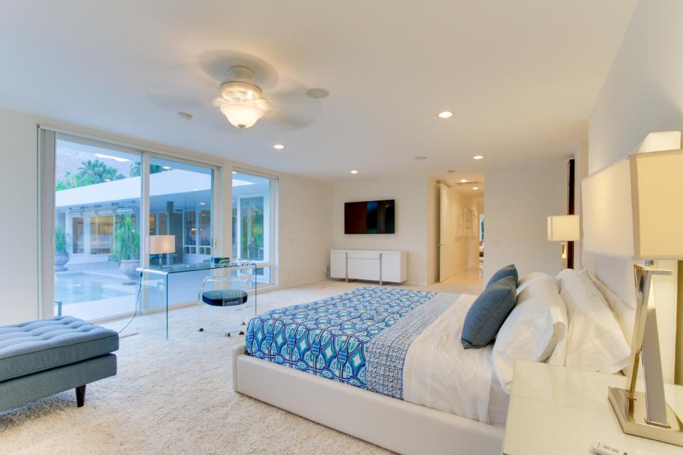 Luxurious Indian Canyons Estate - Palm Springs Vacation Rental - Photo 25